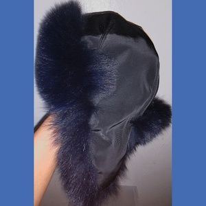 Accessories - Blue fox fur hat
